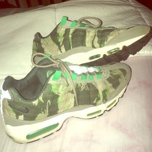 Shoes - Nike Air max Camouflage edition